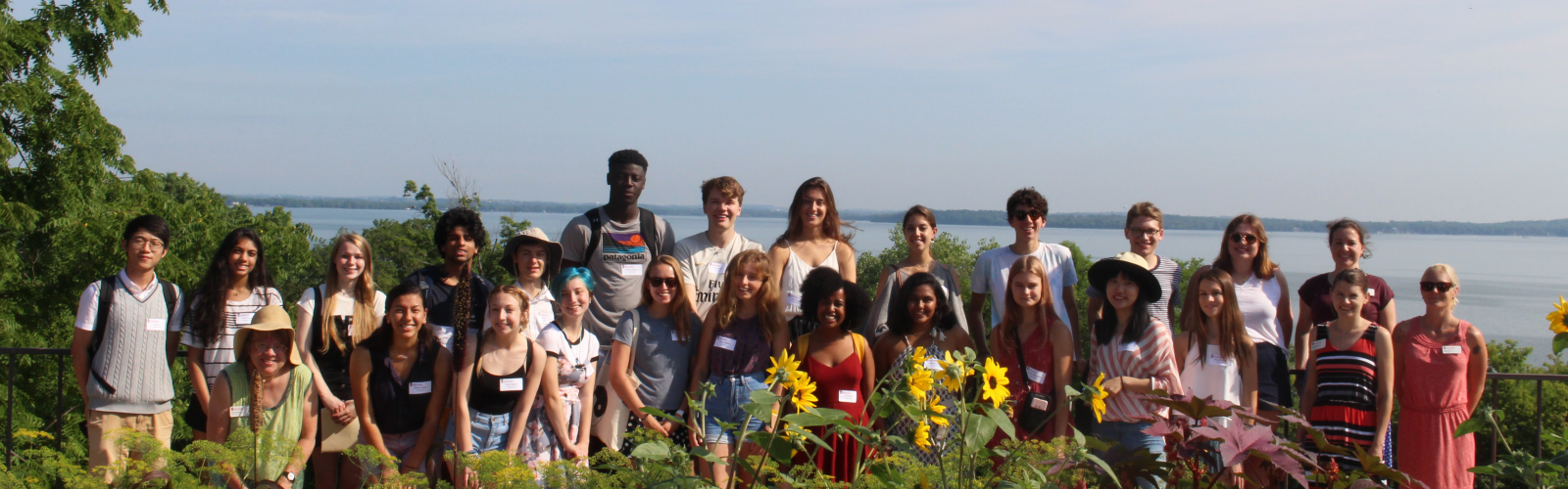 Group of Honors students in front of Lake Mendota